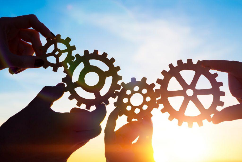 商業・サービス競争力強化連携支援事業 (新連携支援事業)
